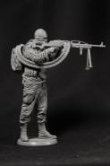Russian Soldier w/ Machine Gun