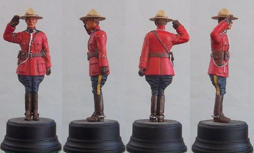 120mm Sergeant, saluting