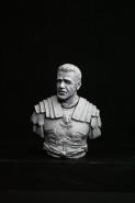 Roman V-bust set
