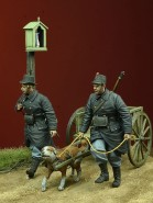 WWI Belgian dog-drawn cart with crew